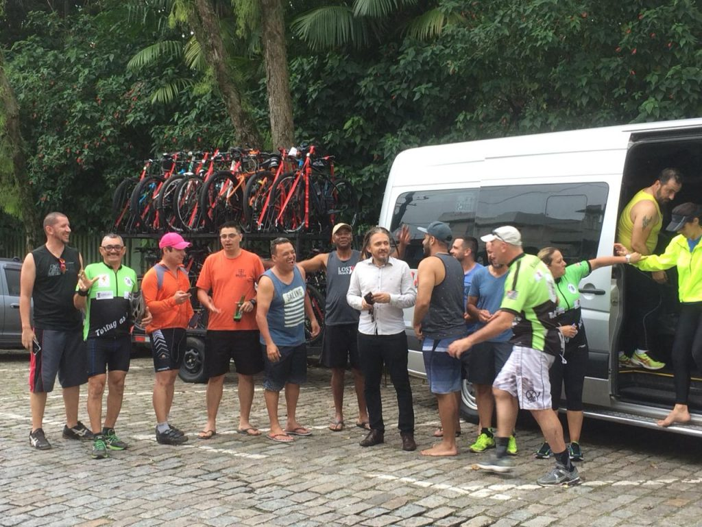 van para evento de ciclismo