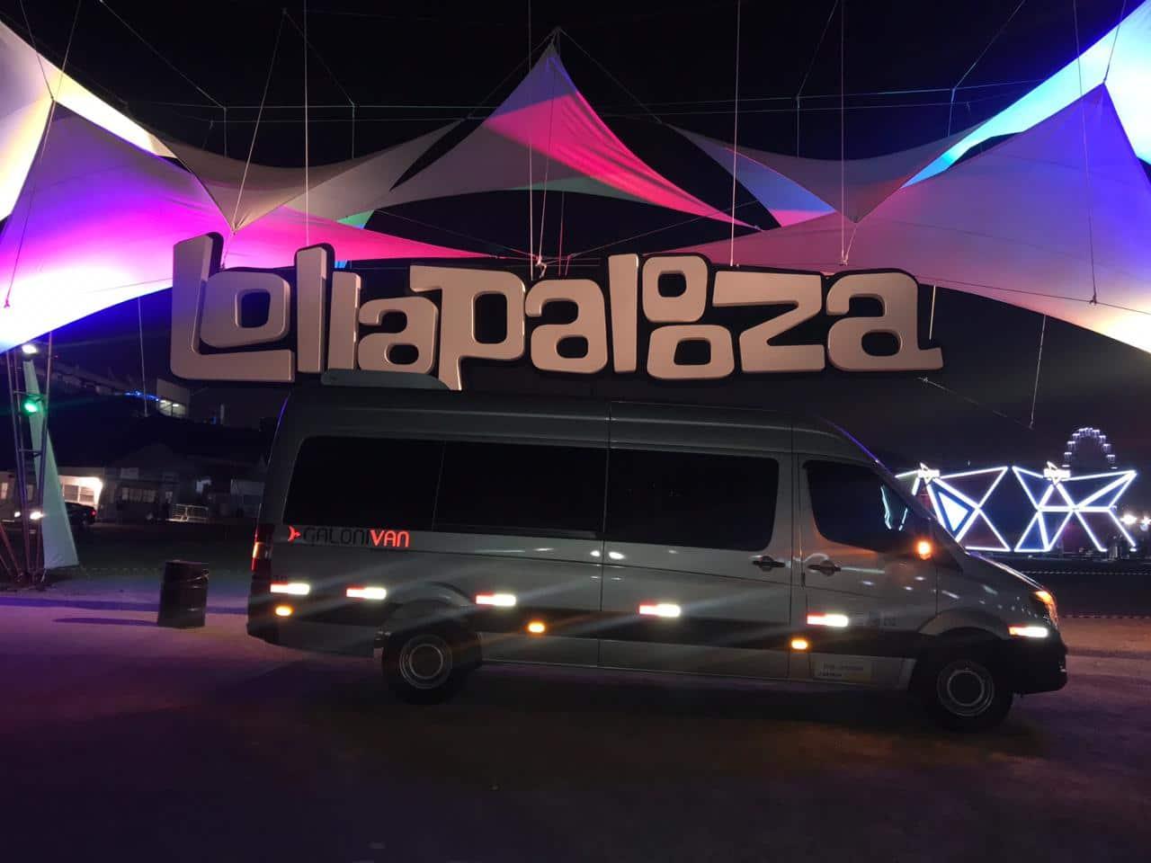 Van para Lollapalooza em São Paulo